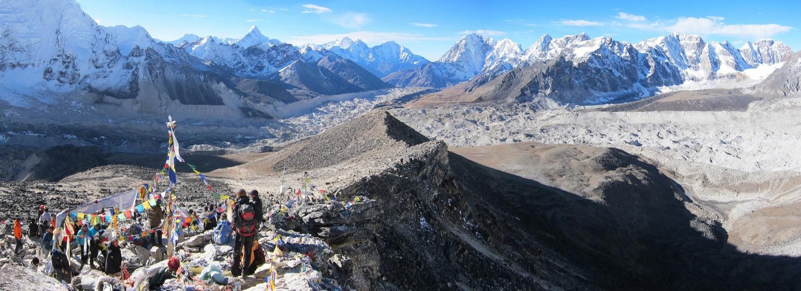 Three Pass Trekking in Everest Region